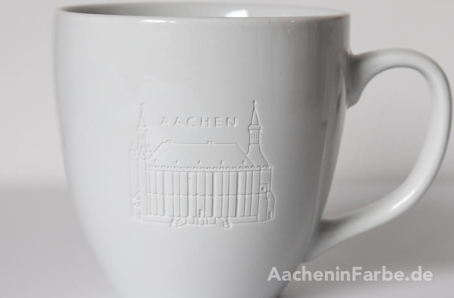 """Becher Rathaus """"Aachen"""", weiß, graviert"""